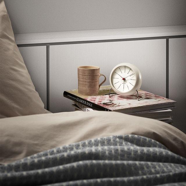 AJ Bordklokke Med Alarm, Hvit, 11cm