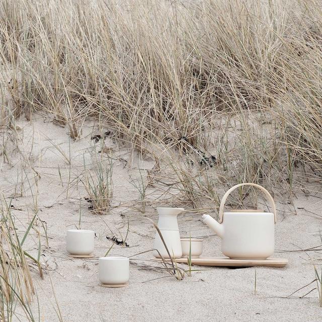 Theo Krus Med Lokk, Sand