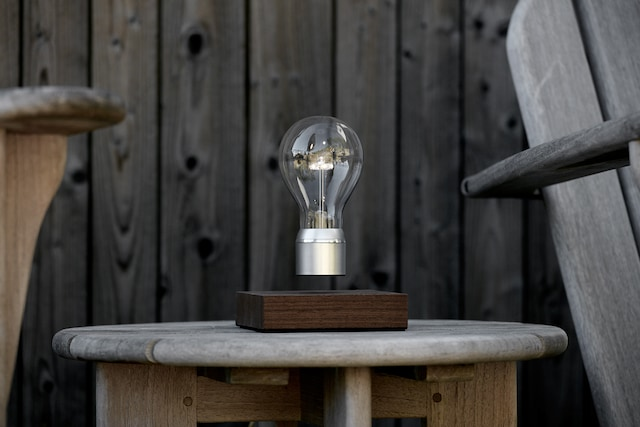 Flyte Manhattan Table Lamp