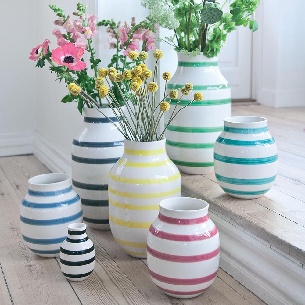 Omaggio Vase Medium Lysebl 229 Ditte Reckweg And Jelena Schou K 228 Hler Royaldesign No